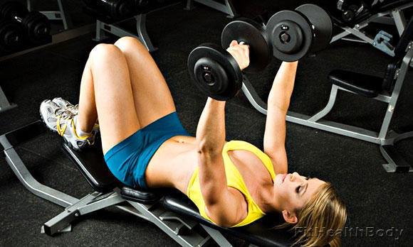 силовые тренировки во время менструации